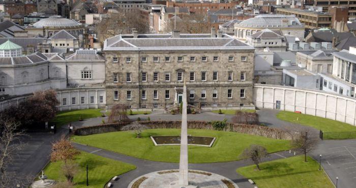 Latest opinion poll shows three point lead for Fianna Fáil and six point jump for Sinn Féin