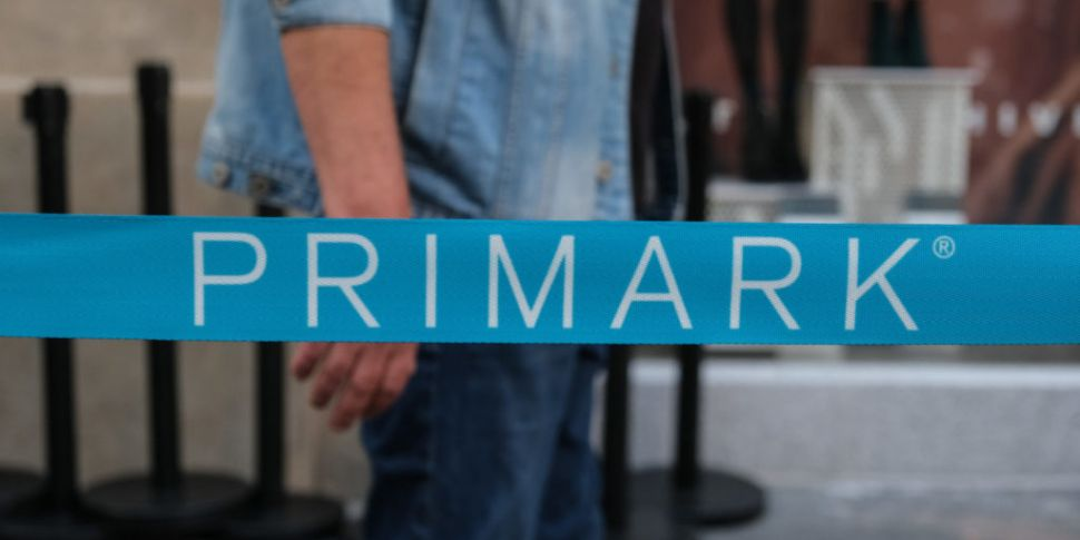 Primark to move over 200 UK-ba...