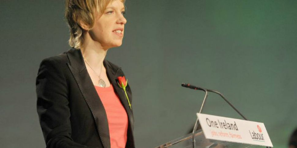 Labour hopeful gender pay legi...