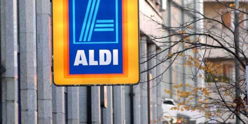 Aldi to give Irish workers hig...