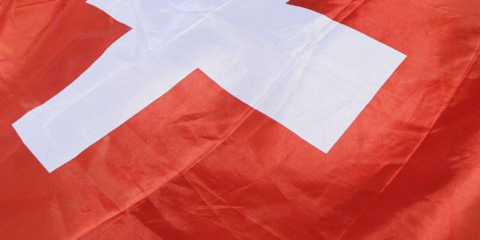 Swiss vote down 'guarantee...
