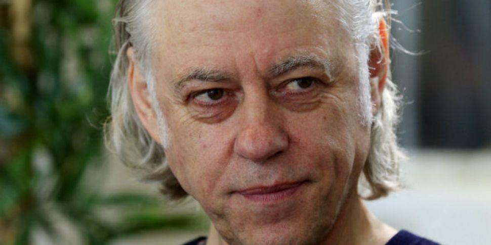 Geldof hands back freedom of D...