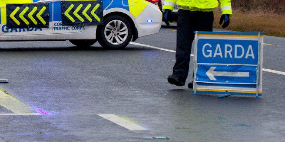 Man dies in Galway crash despi...