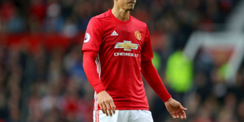 super popular 2c868 cb45e Zlatan Ibrahimovic offered another year at Manchester United ...