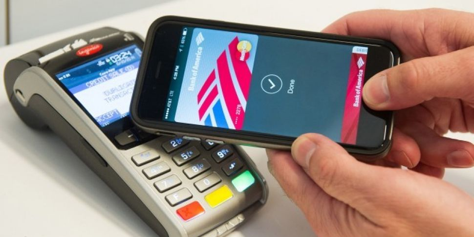 You can now use Apple Pay in Irish stores   Newstalk