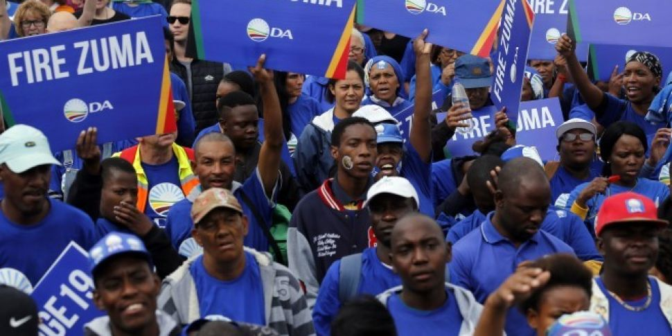 Thousands protest in South Afr...