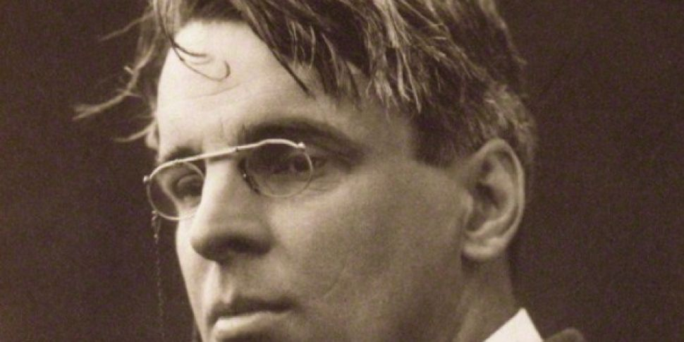 Iconic WB Yeats spectacles sel...