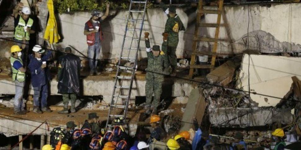 Mexico rescue teams in frantic...