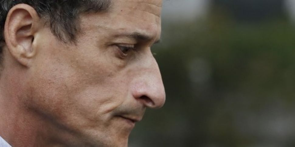 Anthony Weiner sentenced to 21...