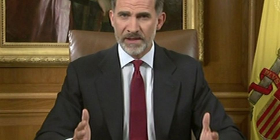 Spanish king condemns Catalan...