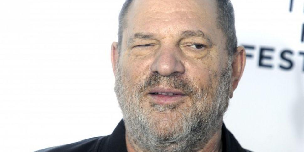 Harvey Weinstein issues apolog...