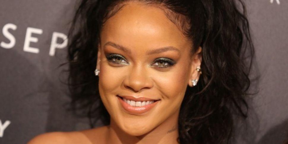 Rihanna accuses Snapchat of &#...