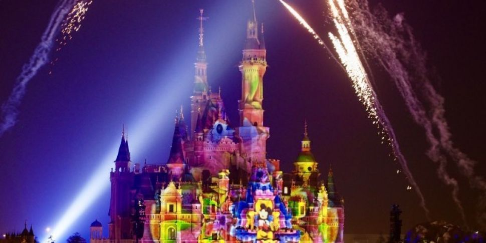 Disney agrees €44bn deal to bu...