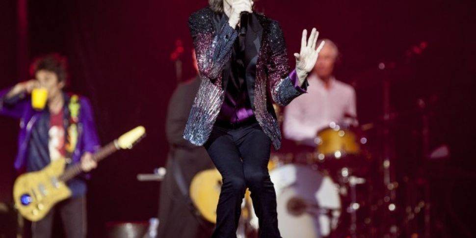 Rolling Stones offer fans chan...