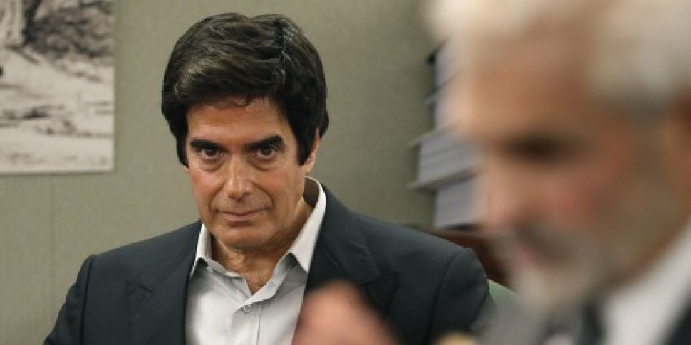 David Copperfield forced to re...