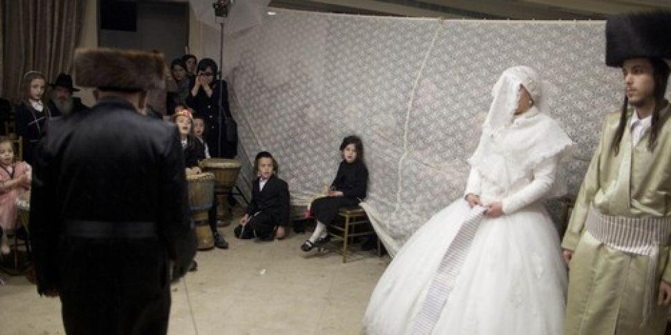 Israeli women are signing pren...