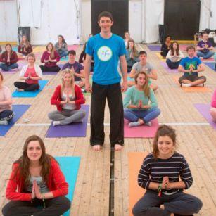 Yoga i nGaeilge