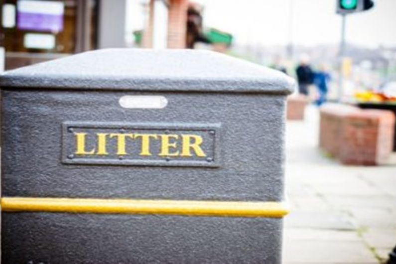 A number of residents in Virginia have called for a public consultation on litter.