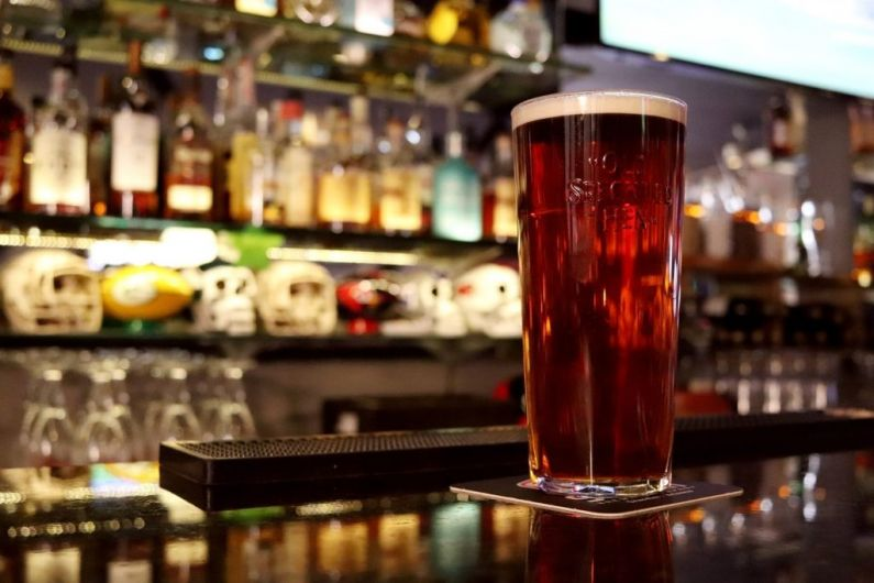 Pubs, nightclubs and off licences could be granted longer opening hours