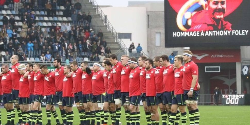 Leinster pay tribute to Anthon...
