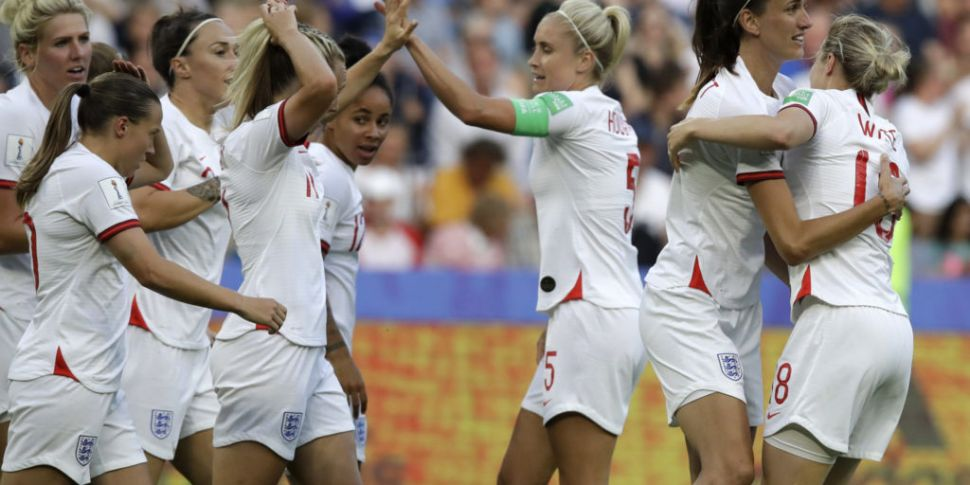 England into semi finals of Wo...