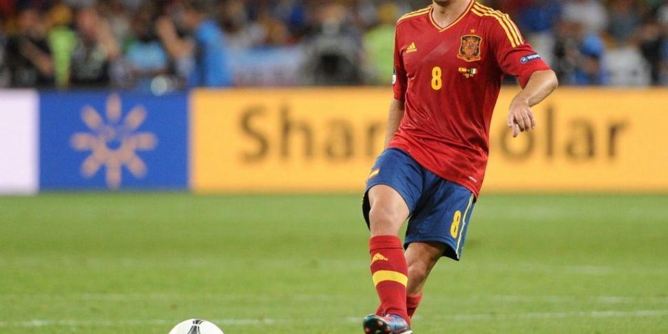 Spain legend Xavi self-isolati...
