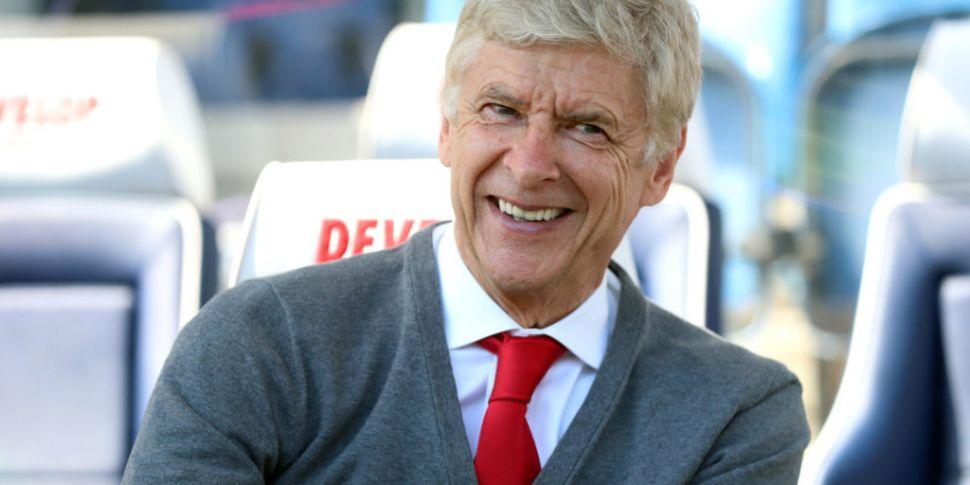 Arsene Wenger supports Man Cit...
