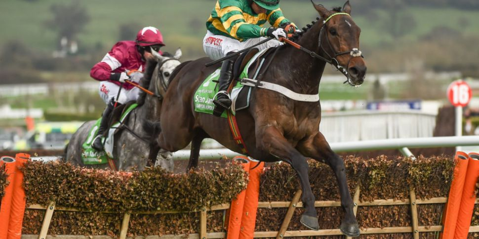 Elliott mob handed as Cheltenh...