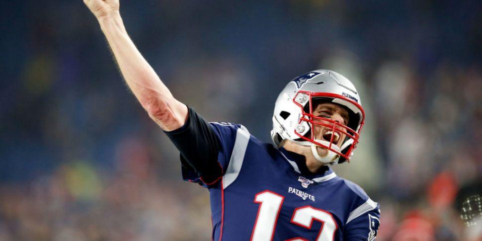 Tom Brady completes move to Ta...