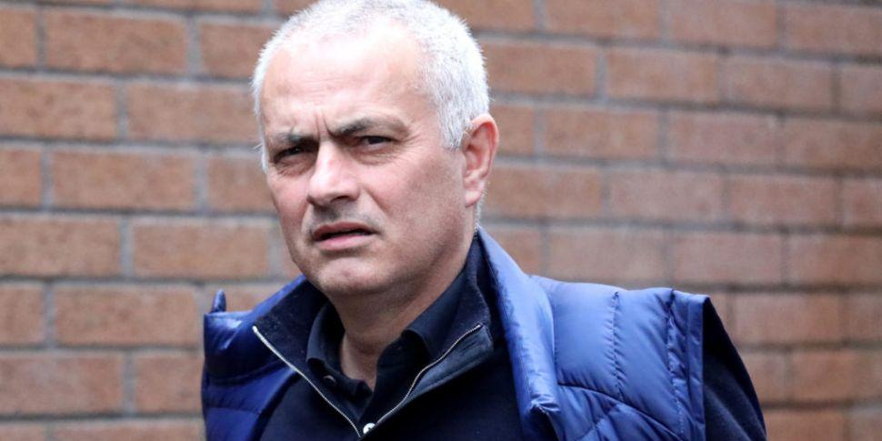 Mourinho slams 'disgraceful de...