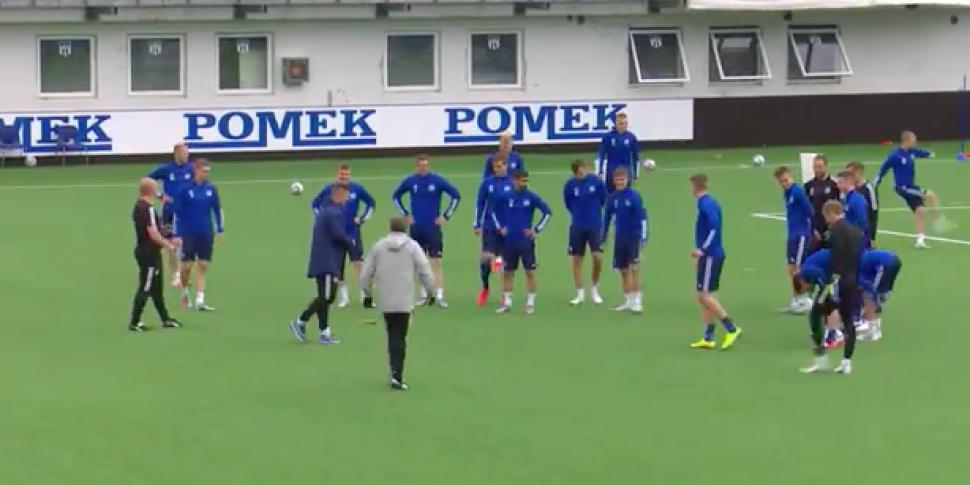 WATCH: Slovan Bratislava no-sh...