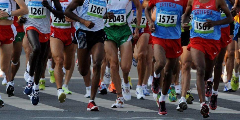 Kenyan athlete hurdled fence t...