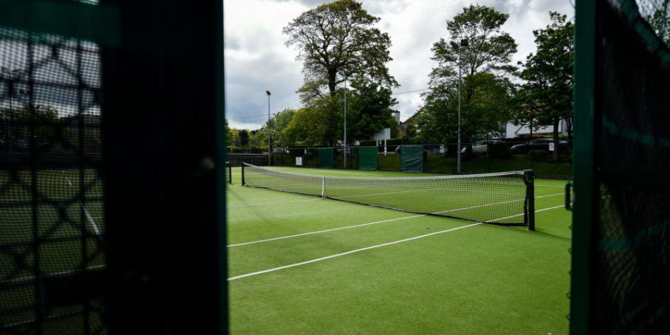 Tennis Ireland forced into u-t...