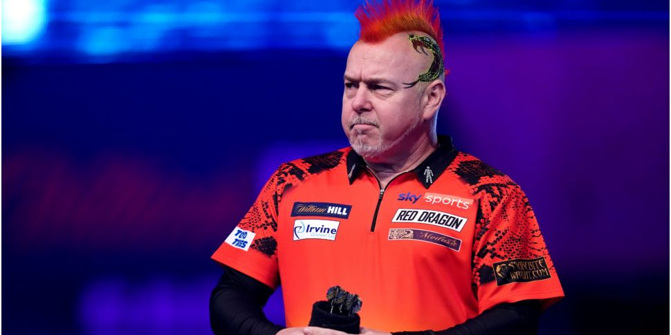 Peter Wright crashes out of th...