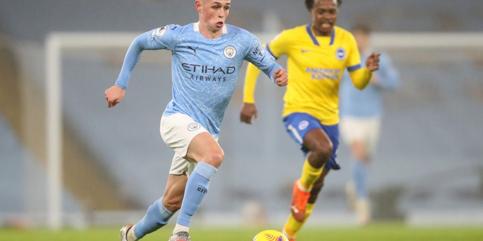 Foden sparkles as City close i...