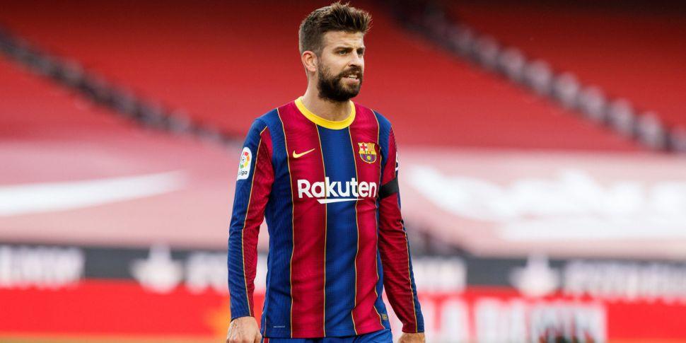 Pique defends Barcelona presid...
