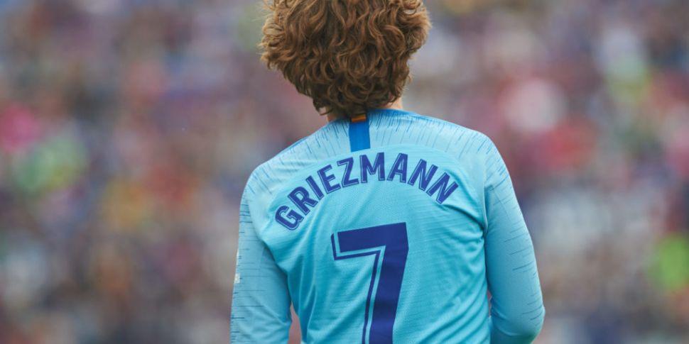 Barcelona sign Antoine Griezma...