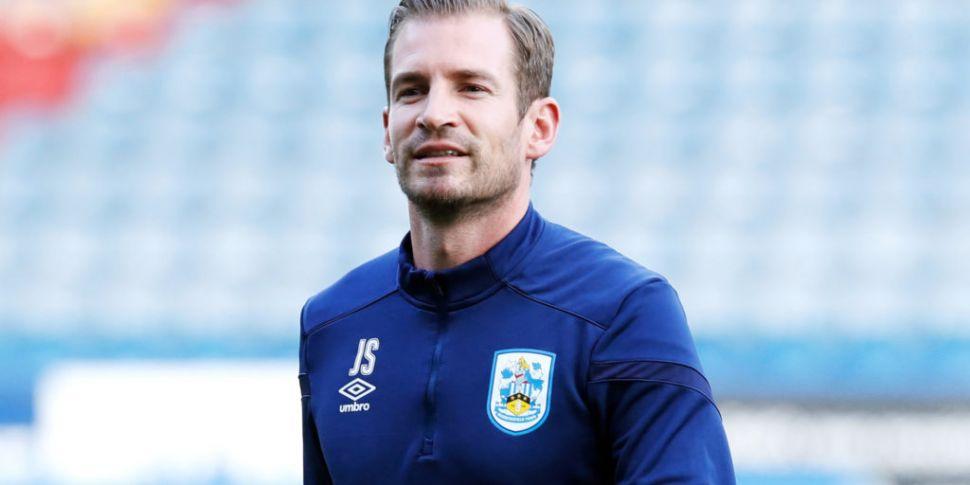 Huddersfield Town sack Jan Sie...