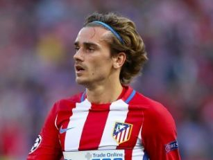 Antoine Griezmann signs new At...