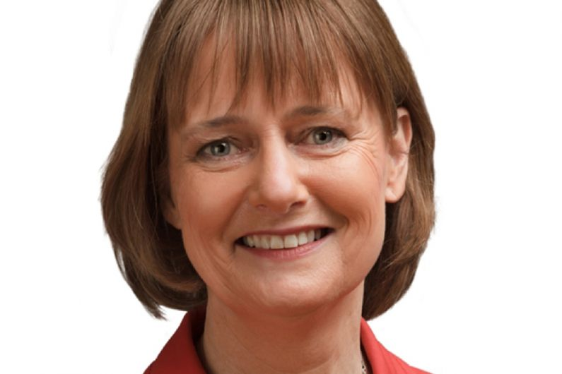 Ireland South MEP calls for equal access to insurance for cancer survivors