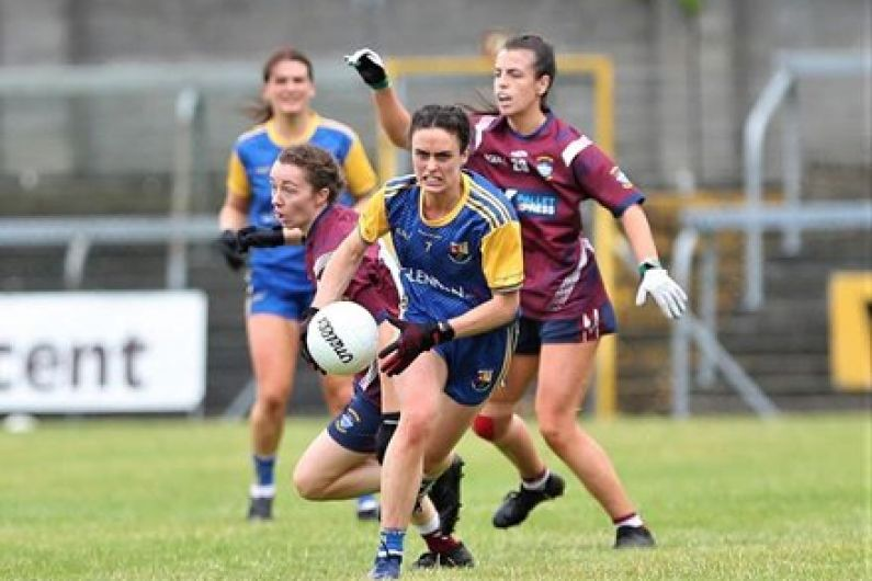 Longford's Clare Farrell feeds Munster Rugby right