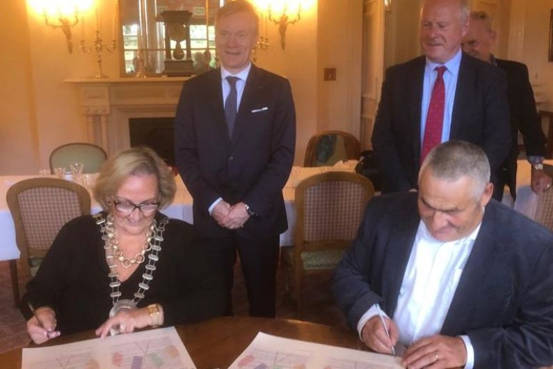 Granard signs twinning agreement with Normandy town East Rouen
