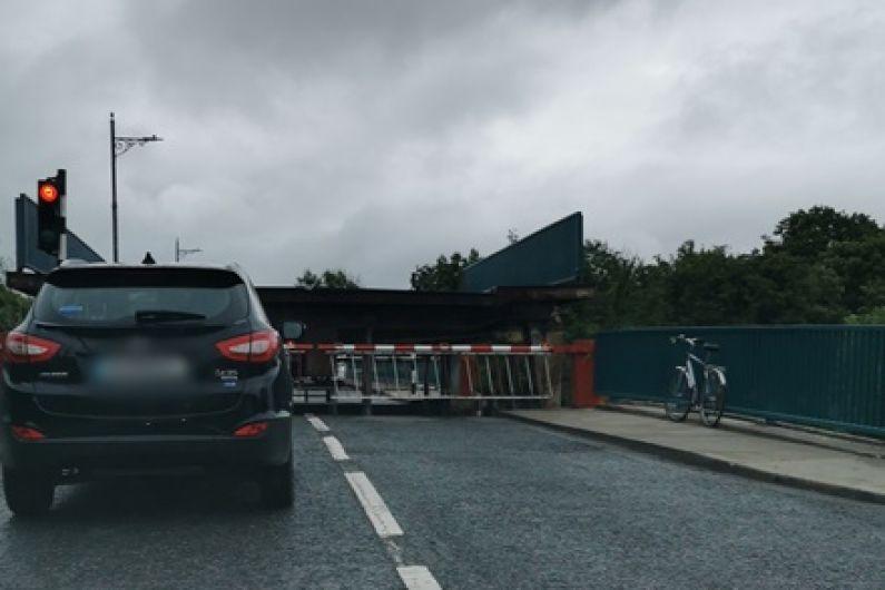 Tarmonbarry lifting bridge will not be working on Monday