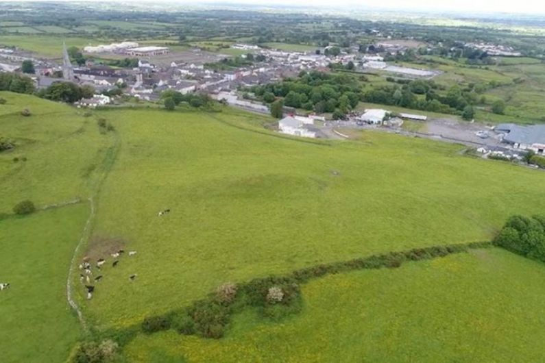 Fáilte Ireland among over 30 objectors to proposal for large turbine at Granardkill