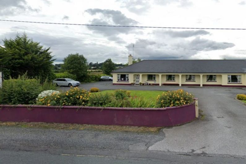Emails reveal delay in HSE reporting Covid cluster at Ballinasloe nursing home to  Minister