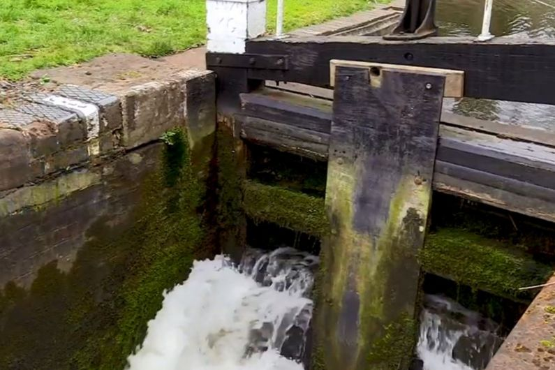 End of month before lock gates in Tarmonbarry re-open