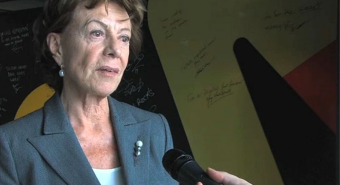 Neelie Kroes: tech offers sexy, fun and well-paid job opportunities for women (video)