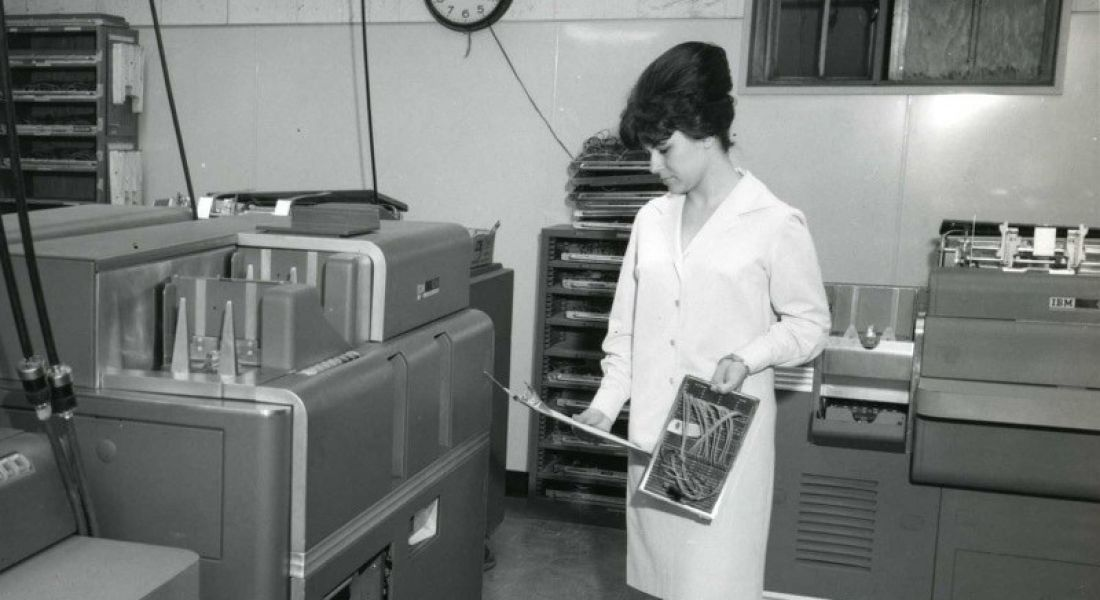 The Computer Girls: 1967 Cosmo article highlights women in technology