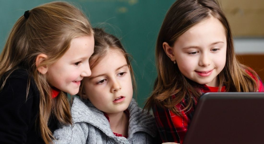 Bitsbox donating kids' coding kits to schools for Hour of Code