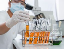 Half of medical tech companies expect to hire more staff in 2012